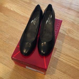 Black Leather Aerosoles heels